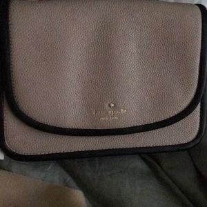 Kate Spade magnetic closure handbag